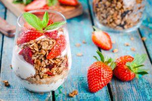 yogurt-and-probiotics-e1476224805553.jpg